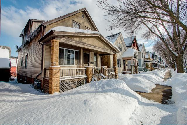 1206 S 21ST ST 1206A, Milwaukee, WI 53204 (#1623339) :: Tom Didier Real Estate Team