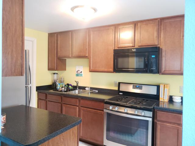 3740 S 92nd St, Milwaukee, WI 53228 (#1623448) :: eXp Realty LLC