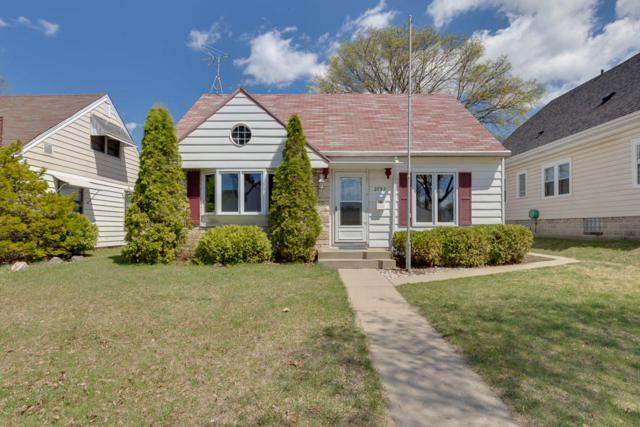 3752 S Brust Ave, Milwaukee, WI 53207 (#1623487) :: eXp Realty LLC