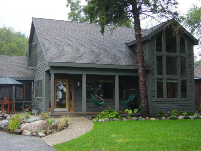 141 W Park Dr, Twin Lakes, WI 53181 (#1625227) :: Tom Didier Real Estate Team