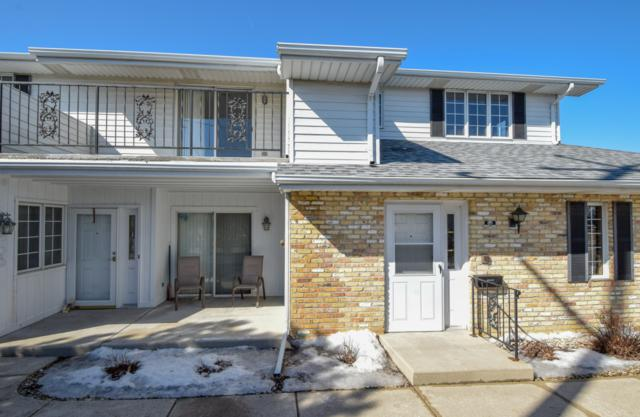 8620 30th Ave #201, Kenosha, WI 53142 (#1626038) :: RE/MAX Service First Service First Pros