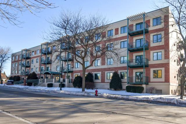 3710 N Oakland Ave #303, Shorewood, WI 53211 (#1626119) :: Tom Didier Real Estate Team