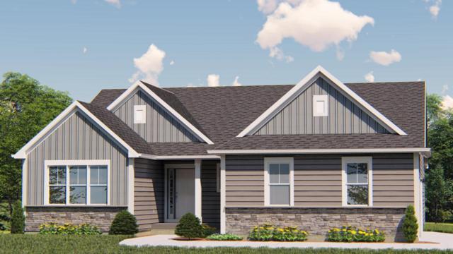 527 Meadowbrook Ct, Slinger, WI 53086 (#1626412) :: Tom Didier Real Estate Team