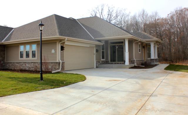 N67W12941 Northfield Cir #1202, Menomonee Falls, WI 53051 (#1626652) :: eXp Realty LLC