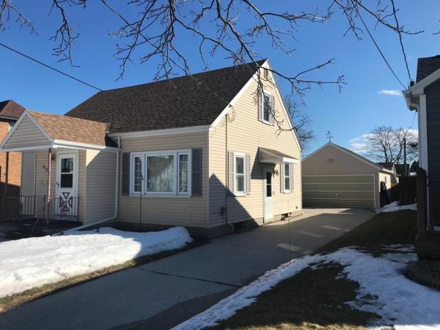 821 Summit St, Manitowoc, WI 54220 (#1627192) :: RE/MAX Service First Service First Pros