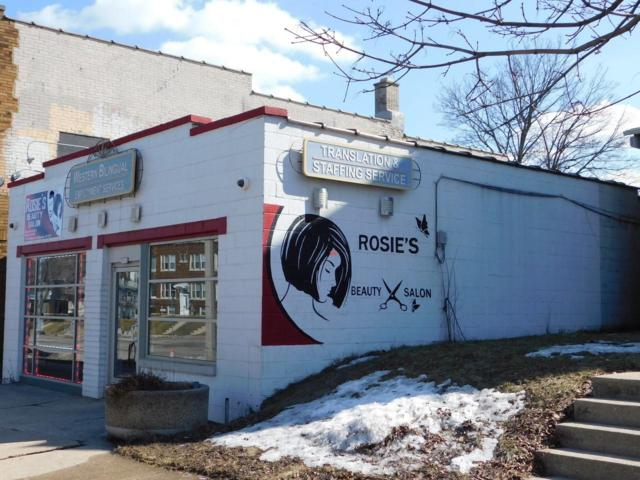 3111 W National Ave, Milwaukee, WI 53215 (#1627372) :: eXp Realty LLC