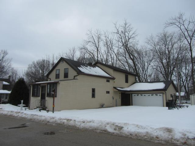 W163S7957 S Bay Lane Place, Muskego, WI 53150 (#1627450) :: RE/MAX Service First Service First Pros