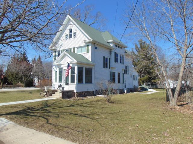 102 Pearl Ave, Mukwonago, WI 53149 (#1627632) :: RE/MAX Service First Service First Pros