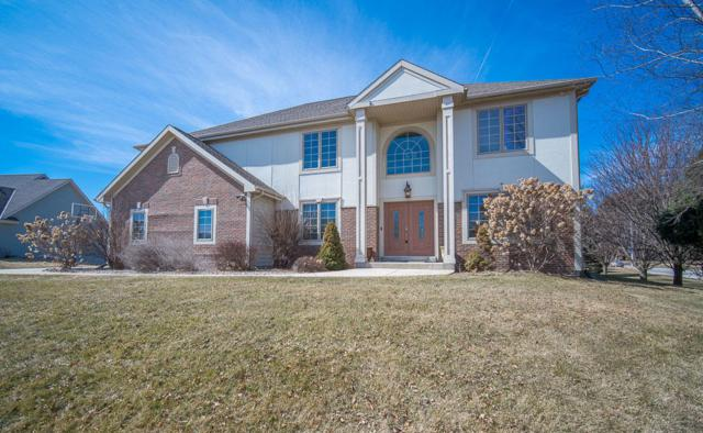 W243N2797 Creekside Dr, Pewaukee, WI 53072 (#1627735) :: RE/MAX Service First Service First Pros