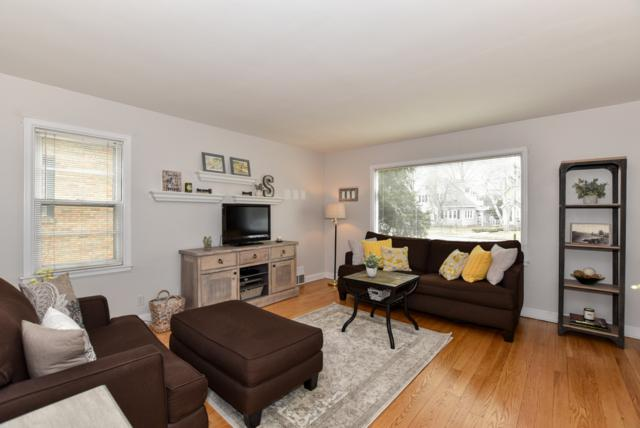 1007 Glenview Ave, Wauwatosa, WI 53213 (#1629753) :: eXp Realty LLC