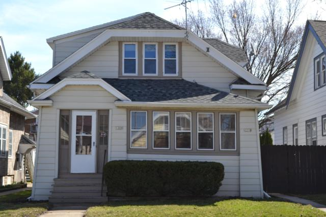 1208 S 74th St #1210, West Allis, WI 53214 (#1630754) :: RE/MAX Service First Service First Pros
