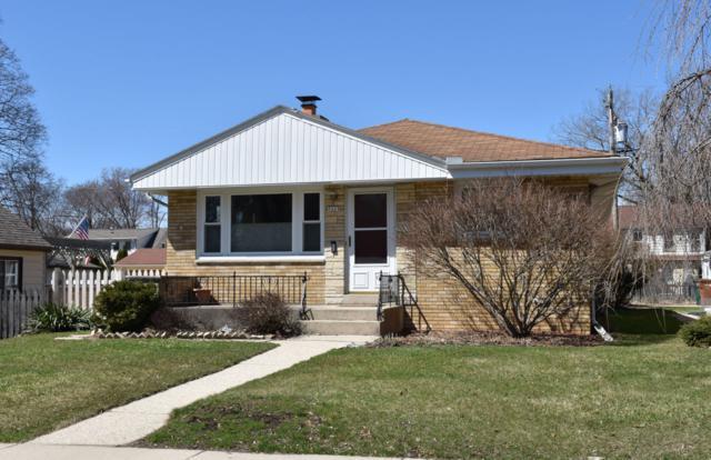 5669 N Stanton Dr, Glendale, WI 53209 (#1631040) :: Tom Didier Real Estate Team