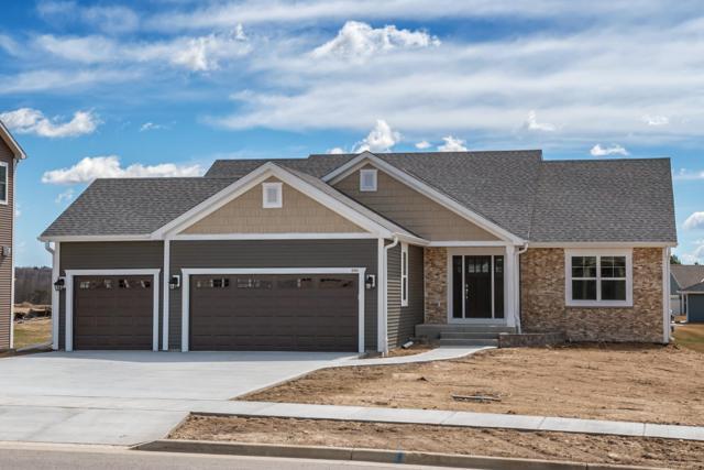 520 Spur N Rd, Slinger, WI 53086 (#1631101) :: Tom Didier Real Estate Team