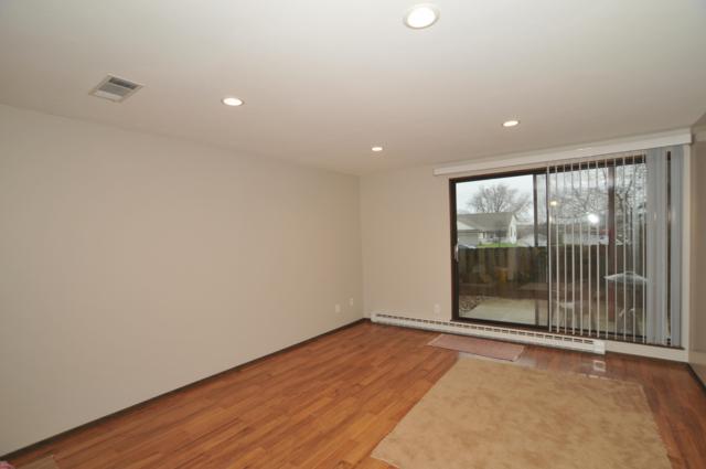 7921 S 68th Street #301, Franklin, WI 53132 (#1632432) :: eXp Realty LLC