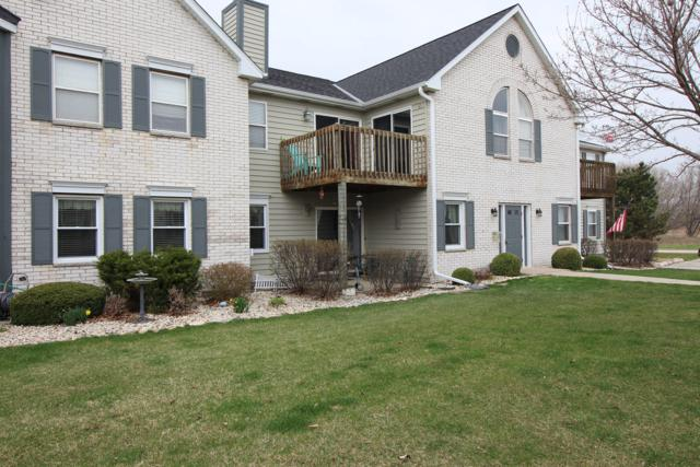N25W24037 River Park Dr #6, Pewaukee, WI 53072 (#1632527) :: eXp Realty LLC