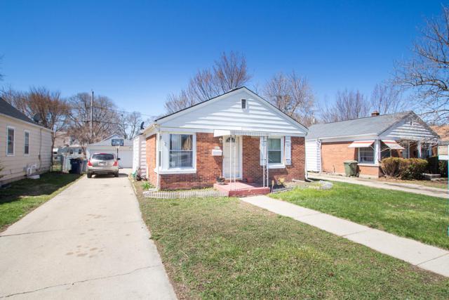 4615 N Sherman Blvd, Milwaukee, WI 53209 (#1632584) :: Tom Didier Real Estate Team