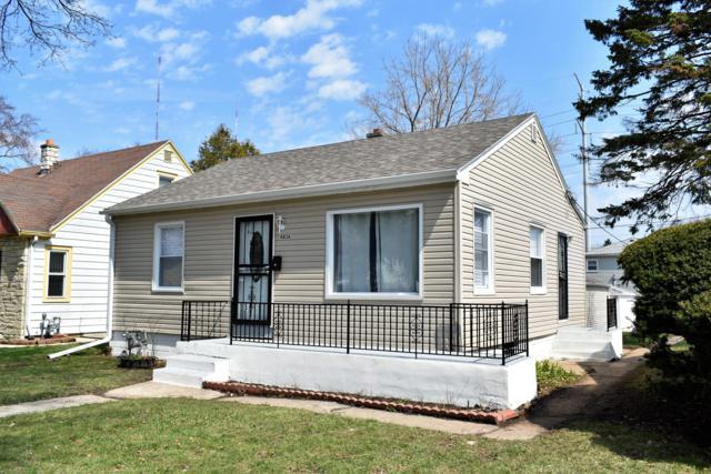 4836 N 21st St, Milwaukee, WI 53209 (#1632585) :: Tom Didier Real Estate Team
