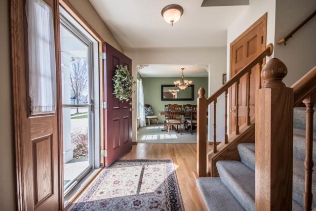 1636 Auburn Ct, Waukesha, WI 53189 (#1632593) :: Tom Didier Real Estate Team