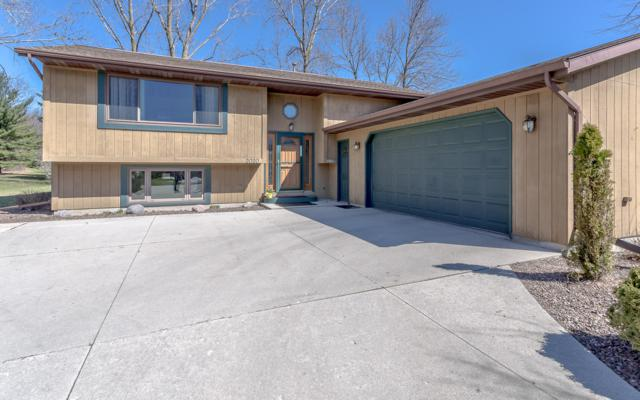 2020 White Pine Ln, Sheboygan, WI 53083 (#1632683) :: Tom Didier Real Estate Team