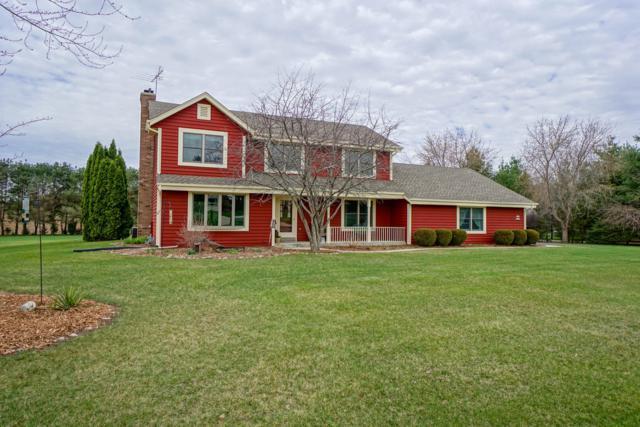 W362S2349 Lisa Ln, Ottawa, WI 53118 (#1632901) :: Tom Didier Real Estate Team