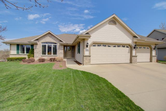 W156 S7278 Quietwood Dr, Muskego, WI 53150 (#1632967) :: Tom Didier Real Estate Team