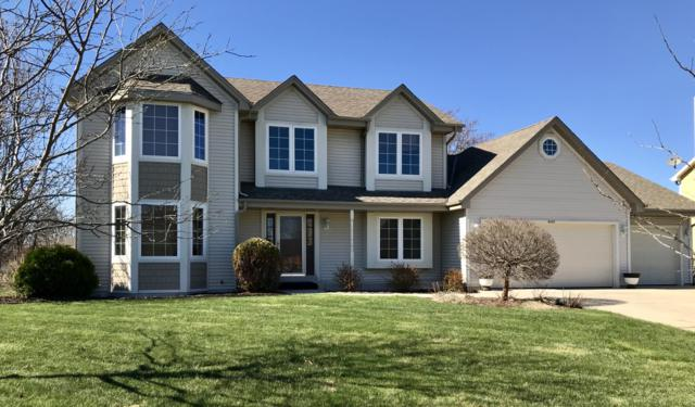 8167 S 77th St, Franklin, WI 53132 (#1633101) :: eXp Realty LLC