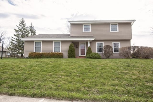 9384 S 35th St, Franklin, WI 53132 (#1633138) :: eXp Realty LLC