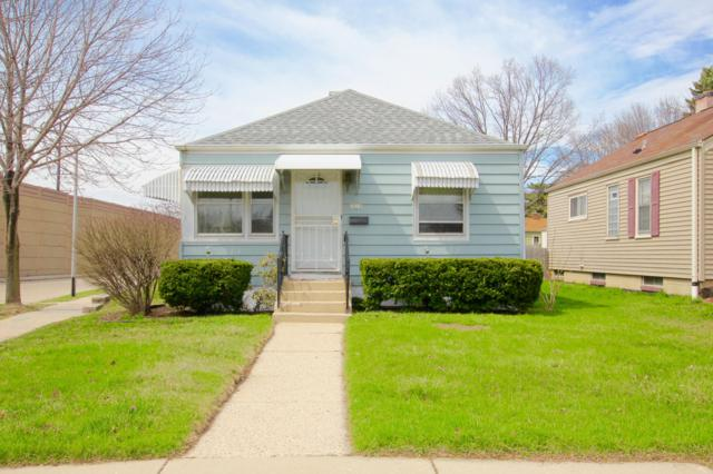1818 E Fernwood Ave, Milwaukee, WI 53207 (#1633220) :: eXp Realty LLC