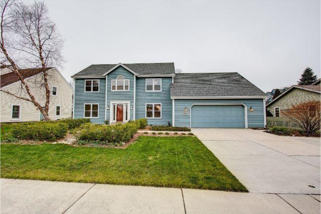 W70N411 Fox Pointe Ave, Cedarburg, WI 53012 (#1634677) :: Tom Didier Real Estate Team