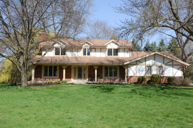 2265 La Fontaine Ct, Brookfield, WI 53045 (#1635061) :: RE/MAX Service First Service First Pros