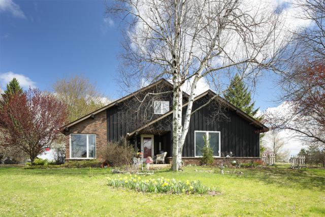 4310 Pleasant Hill Rd, Richfield, WI 53076 (#1635181) :: eXp Realty LLC