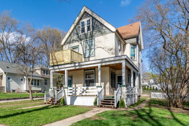2152 N 73rd St #2154, Wauwatosa, WI 53213 (#1635248) :: RE/MAX Service First Service First Pros
