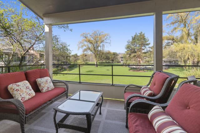 30 Abbey Villa Cir F, Fontana, WI 53125 (#1635295) :: eXp Realty LLC