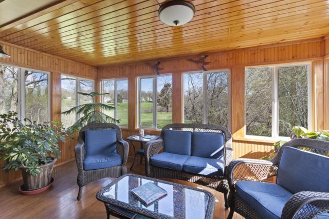 348 County Road Tk B 12 - Bldg 2, Fontana, WI 53125 (#1635522) :: Tom Didier Real Estate Team