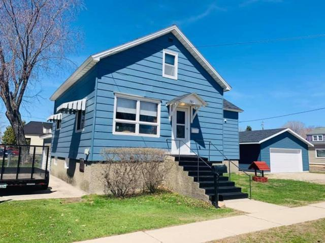 301 E Bay Shore St., Marinette, WI 54143 (#1635870) :: RE/MAX Service First Service First Pros