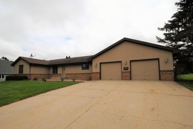 N6170 Evergreen Dr, Lafayette, WI 53121 (#1636353) :: eXp Realty LLC