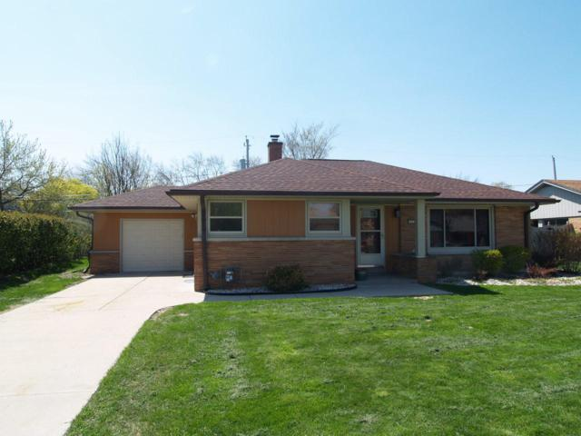 5409 W Jerelyn Pl, Milwaukee, WI 53219 (#1636394) :: Tom Didier Real Estate Team