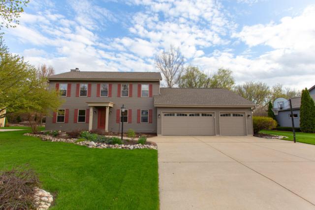 613 Greenway Ter, Hartland, WI 53029 (#1636500) :: Tom Didier Real Estate Team