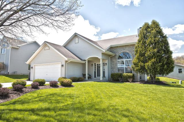 9325 S 44th Ct, Franklin, WI 53132 (#1636768) :: eXp Realty LLC
