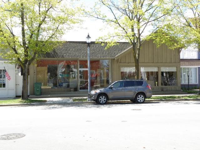 161 Green Bay Rd, Thiensville, WI 53092 (#1636831) :: Tom Didier Real Estate Team