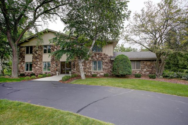 18330 Coach House Ct, Brookfield, WI 53045 (#1636967) :: eXp Realty LLC