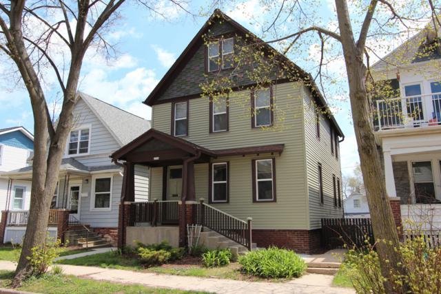 2554 N Dousman St A, Milwaukee, WI 53212 (#1637111) :: eXp Realty LLC