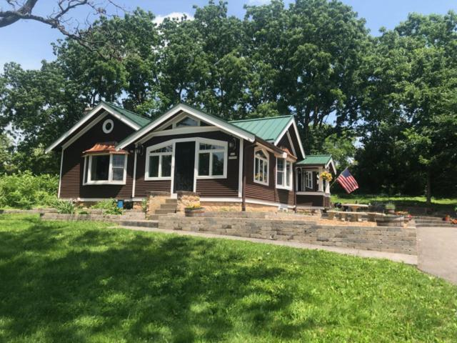 N46W29096 E Capitol Dr, Delafield, WI 53029 (#1637135) :: RE/MAX Service First Service First Pros