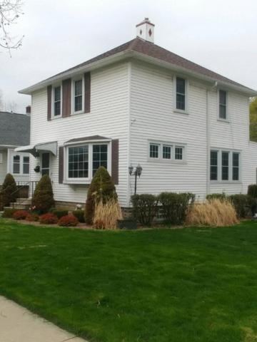 8122 Portland Ave, Wauwatosa, WI 53213 (#1637259) :: RE/MAX Service First Service First Pros