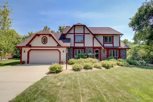 13705 W Grange Ave, New Berlin, WI 53151 (#1637550) :: RE/MAX Service First Service First Pros