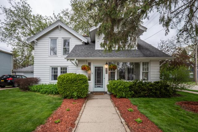 102 S Maple St, Oconomowoc, WI 53066 (#1637668) :: RE/MAX Service First