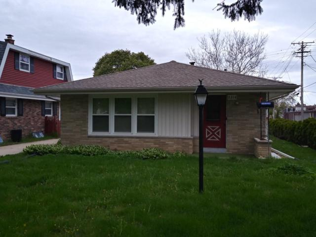 2314 N 116th Street, Wauwatosa, WI 53226 (#1637735) :: eXp Realty LLC