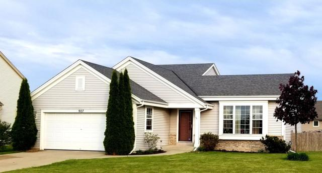 907 N Michael Ct, Elkhorn, WI 53121 (#1637831) :: RE/MAX Service First Service First Pros