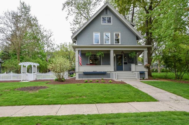 535 Glenview Ave, Oconomowoc, WI 53066 (#1637880) :: RE/MAX Service First
