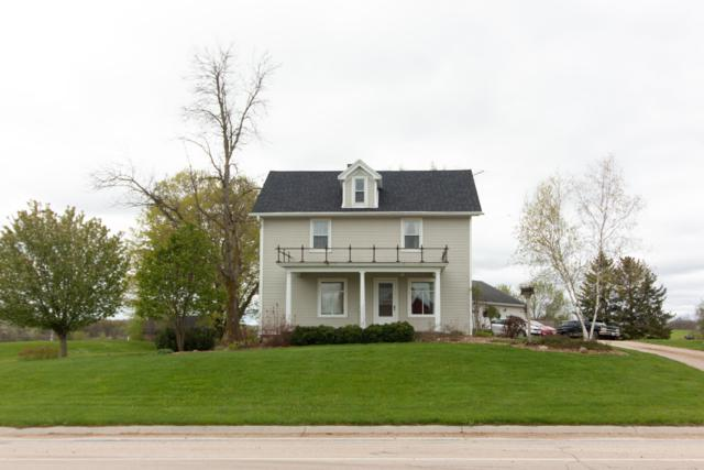 967 County Road H, Farmington, WI 53090 (#1637972) :: RE/MAX Service First Service First Pros
